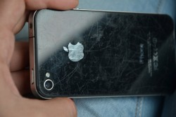 13 ways to remove scratches from your phone screen